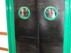 Plastic door swinging warehouse supermarket
